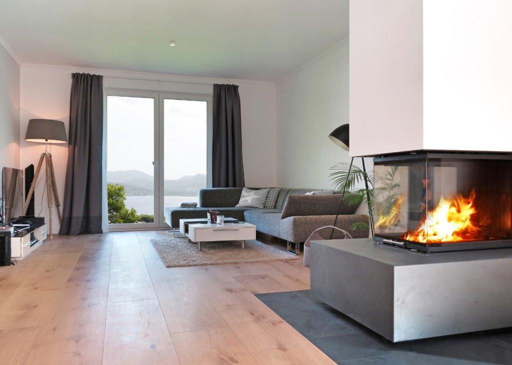 pine-laminate-flooring