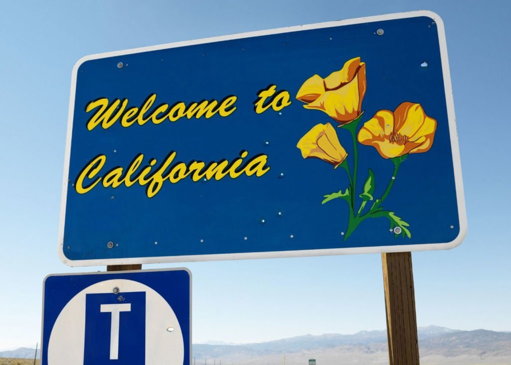 Welcome-to-California-Sign.