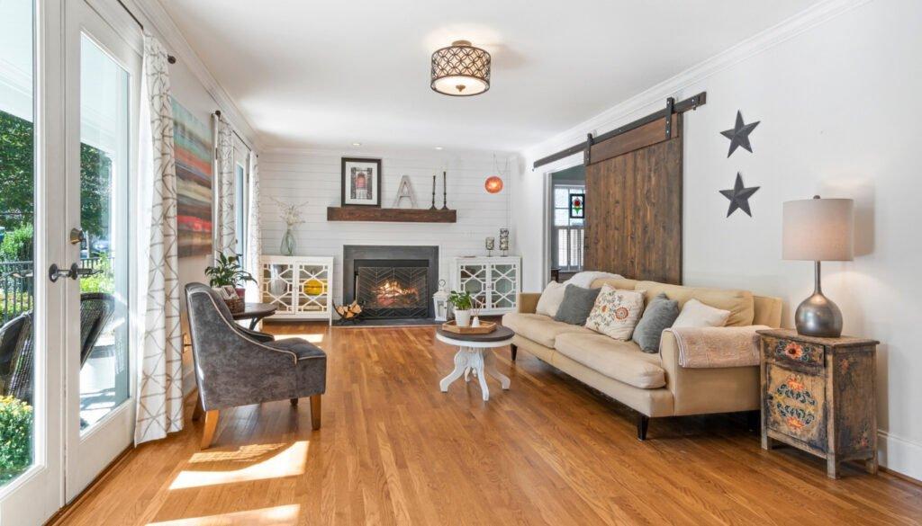 hardwood-floor-in-a-home